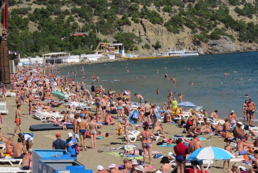 Как будут работать пляжи в Крыму?