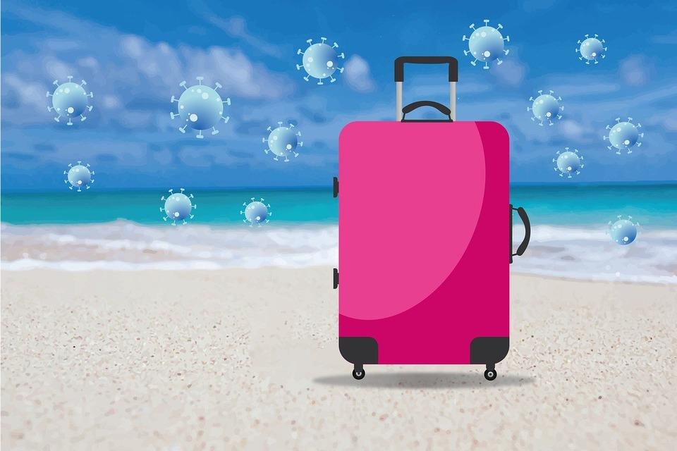Сколько туристов заболевают COVID-19 на курортах?