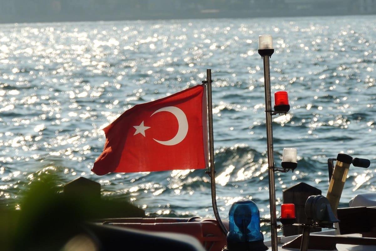 Туристам рассказали о правилах въезда в Турцию