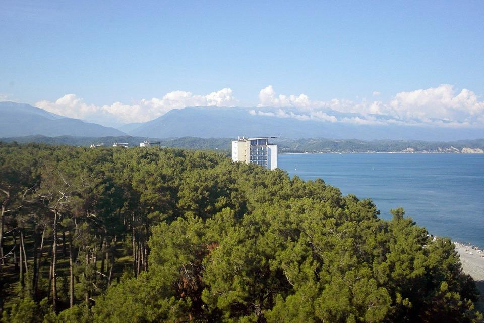 Абхазия не требует справки у туристов