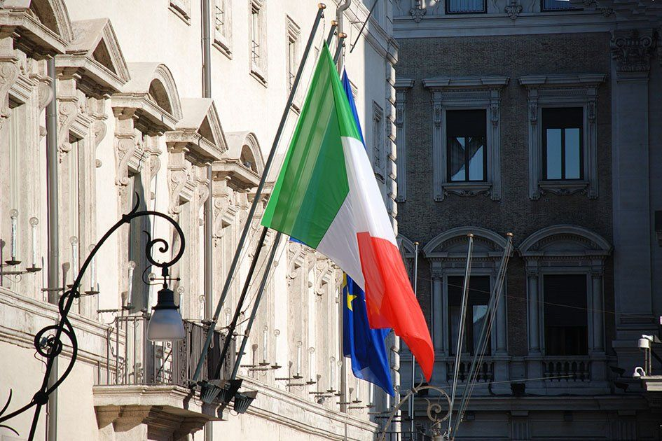 consulate-general-of-italy-in-moscow-flag.jpg