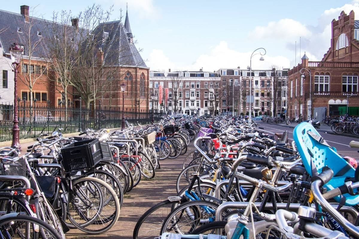amsterdam-bicycles.jpg