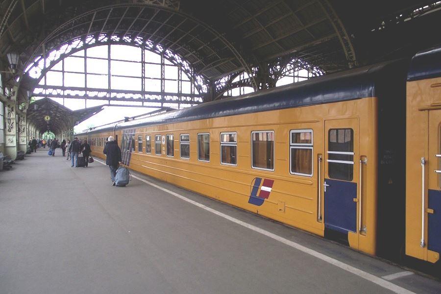 Поезд СПб-Рига